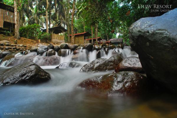 Nakakaaliw na Liliw Resort