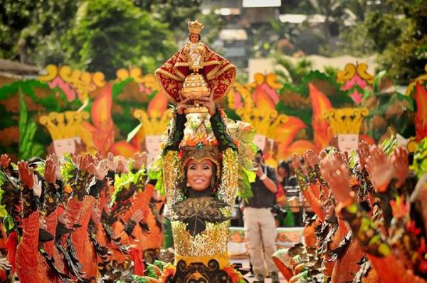 Pintados-Kasadyaan Festival 2014: A Colorful Festival of Festivals