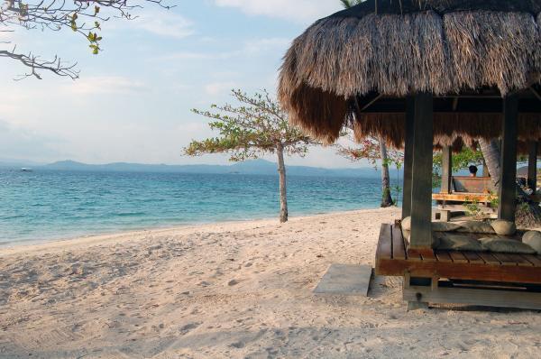 Honda Bay's Intoxicating Dos Palmas Island Resort and Spa