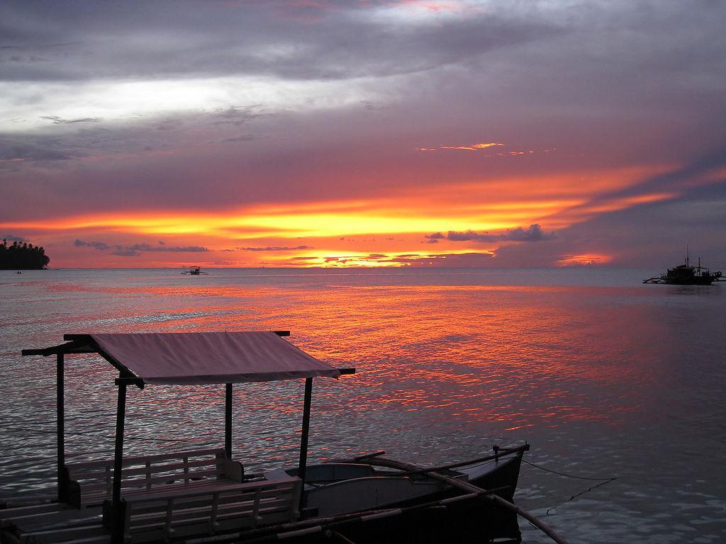 Paras Beach Resort: Camiguin Island
