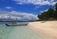 Davao Occidental's Exotic and Beautiful Olanivan Island